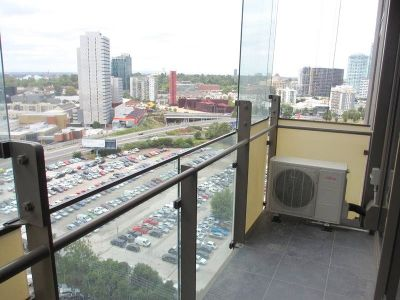 Epic: 14th Floor - Stunning One Bedroom Apartment Close to the River!