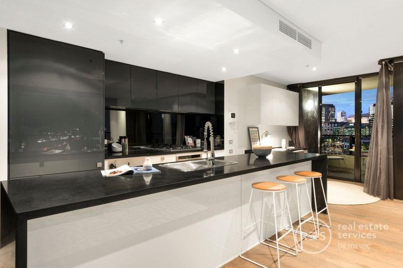 Renovated BRILLIANCE in the exclusive Tower 3