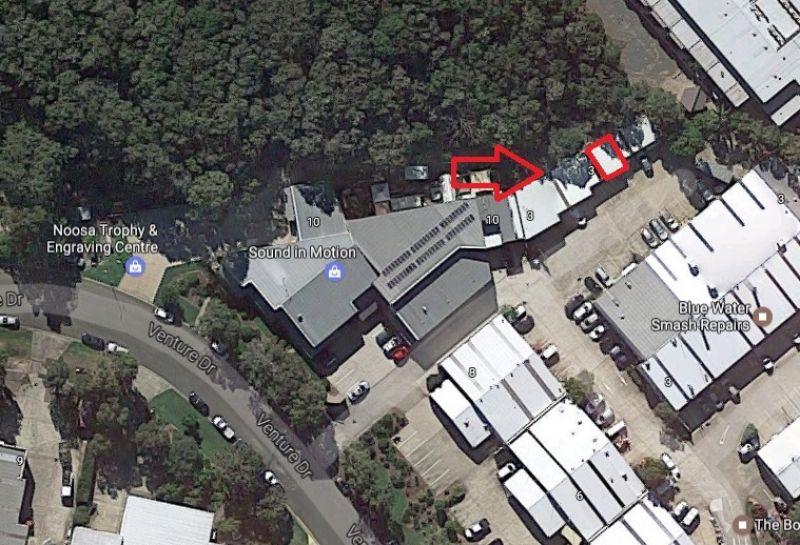 Convenient  Warehouse / showroom