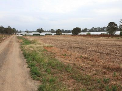 Developement potential 2.03 Ha, IN2 zoned land