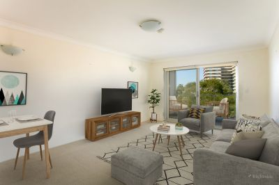 Large One Bedroom Unit with Balcony