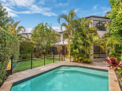 Beautiful Family Home - In Ground Pool & More