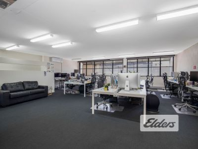 HIGHLY EXPOSED FULLY FITTED OFFICE   MOMENTS FROM KING ST!