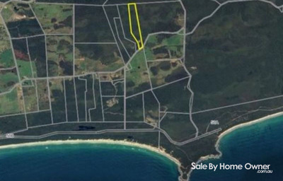 100 acres close to pristine beaches
