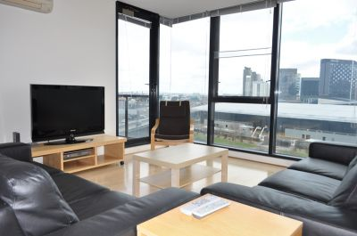 Yarra Crest 9th floor FULLY FURNISHED, 99 Whiteman St: Just Move In!