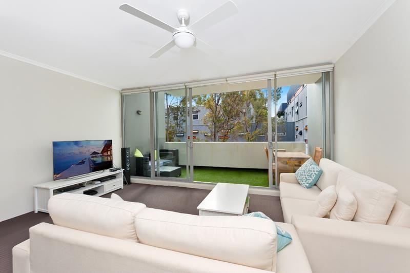 SOLD: Modern, Split-Level 2 Bedroom Apartment