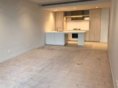 The Eastbourne Large 1 bedroom plus study space