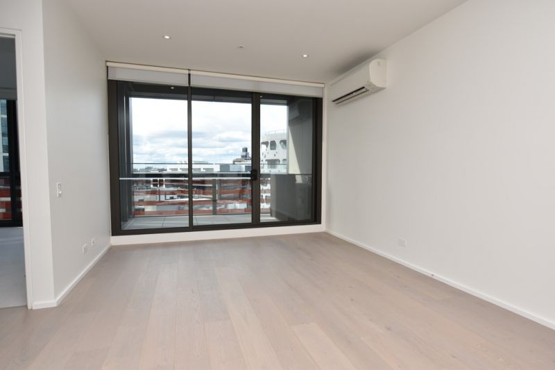 883 Collins: BRAND NEW Two Bedroom Abode in Docklands!