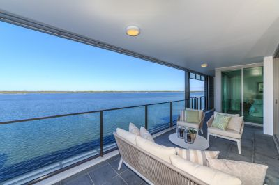 Peace, Privacy and Stunning Broadwater Views