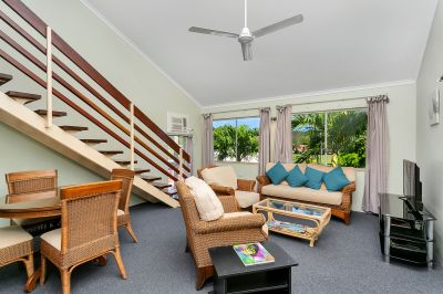 9/239 Lake Street, Cairns North