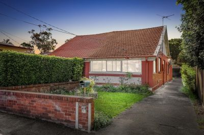 Two bedroom semi on 512sqm parcel