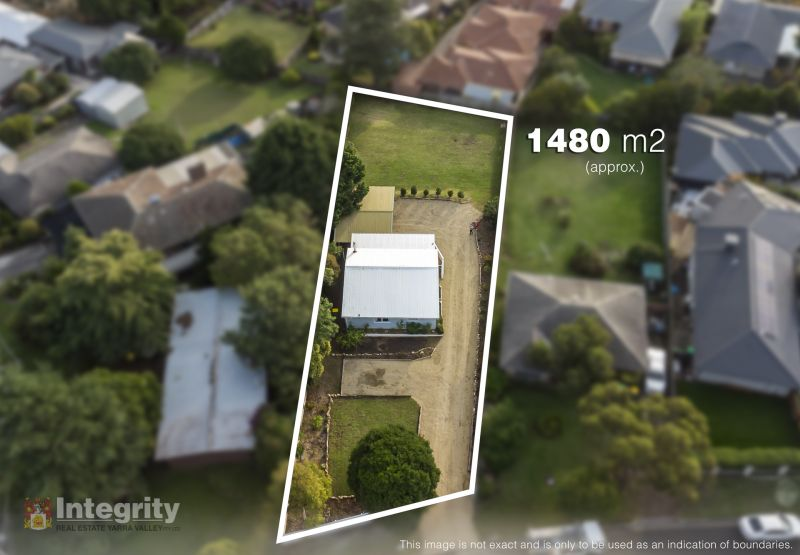 RENOVATED HOME ON LARGE 1480 M2 ALLOTMENT