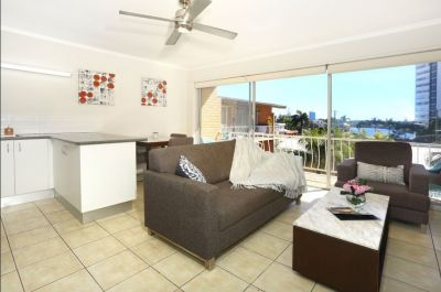 Unfurnished apartment with River Views
