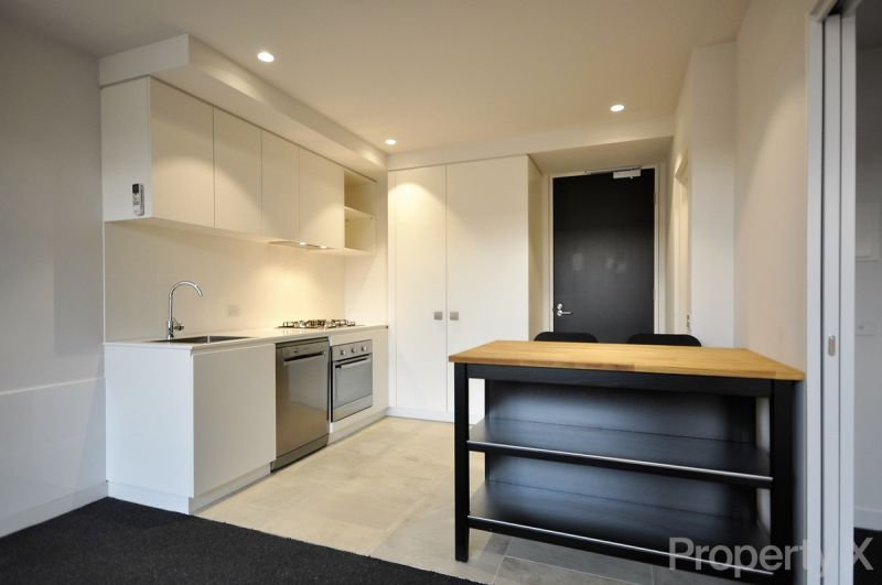 Brand New One Bedroom with Study & Car Space!