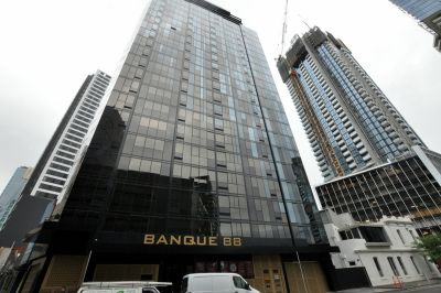 Banque 88: Stunning One Bedroom Apartment in the Most Convenient Location!