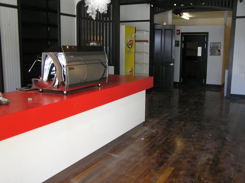 CAFE/RETAIL SPACE IN CAIRNS CBD