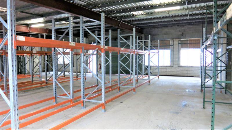 336m2 Storage Unit