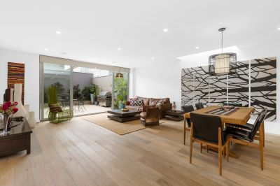 Boutique 3/4 bed, 3 bath Contemporary, Design-Focused Residence Is Situated In An Uber Cool & Convenient Location A Short Stroll From Seddon Village