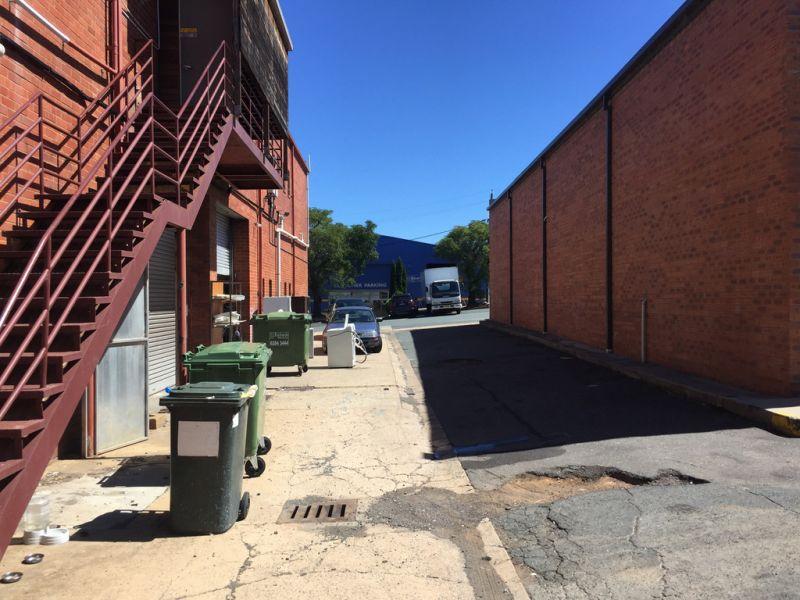 Showroom/Office/Warehouse