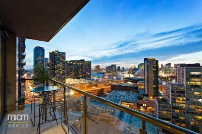 Melbourne Tower Standout with Sweeping City, River and Bay Views