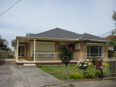 3 Bedroom Home Plus 2 Bedroom Bungalow.