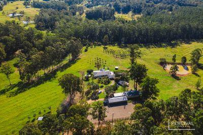 One of The Valleys Best Equine Properties ( 56.3 ha / 139.1 acres )