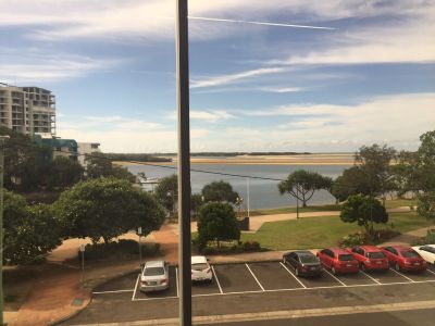 MAROOCHYDORE OFFICE WITH OCEAN VIEWS