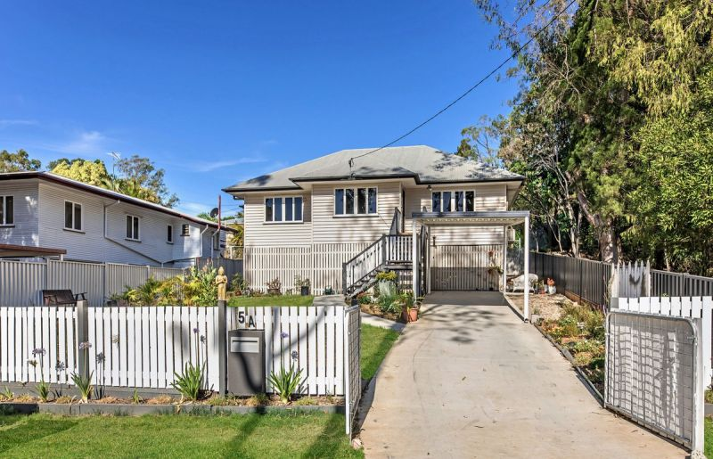 STUNNING CHARACTER HOME ONLY MINUTES TO CBD