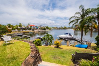PICTURESQUE WATERFRONT OUTLOOK