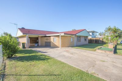 SPACIOUS BRICK HOME WITH 3 CAR ACCOM…. PRICED TO SELL!!!