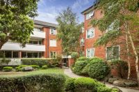 Spacious Apartment in the Heart of Kew