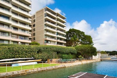 SPARKLING UNINTERRUPTED  WATER VIEWS ACROSS THE PARRAMATTA RIVER