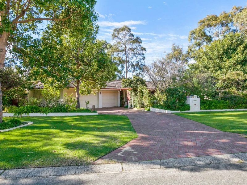 For Rent By Owner:: Bibra Lake, WA 6163
