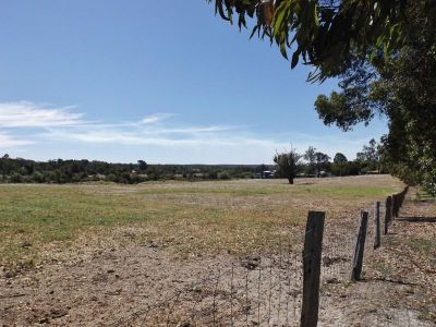 EXCITING OPPORTUNITY - DONNYBROOK TOWNSITE