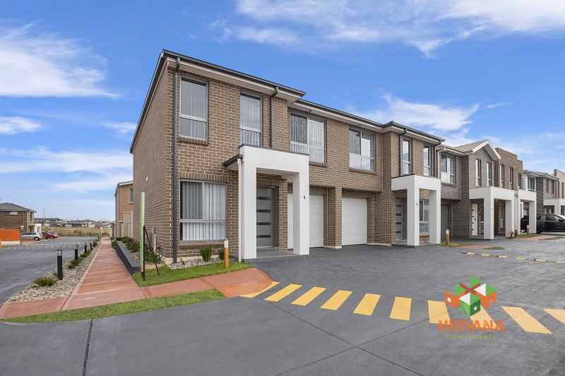 A PERFECT BRAND NEW FAMILY TOWNHOUSE !!!!!