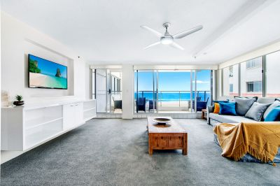 Furnished beachfront apartment in Residential Building