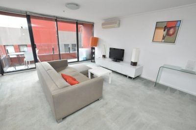 City Point, 4th floor - FULLY FURNISHED: Brand New Carpet Throughout!