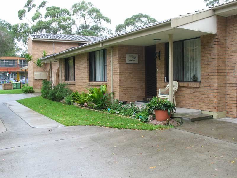 Unfurnished 2 bedroom unit in the ideal location