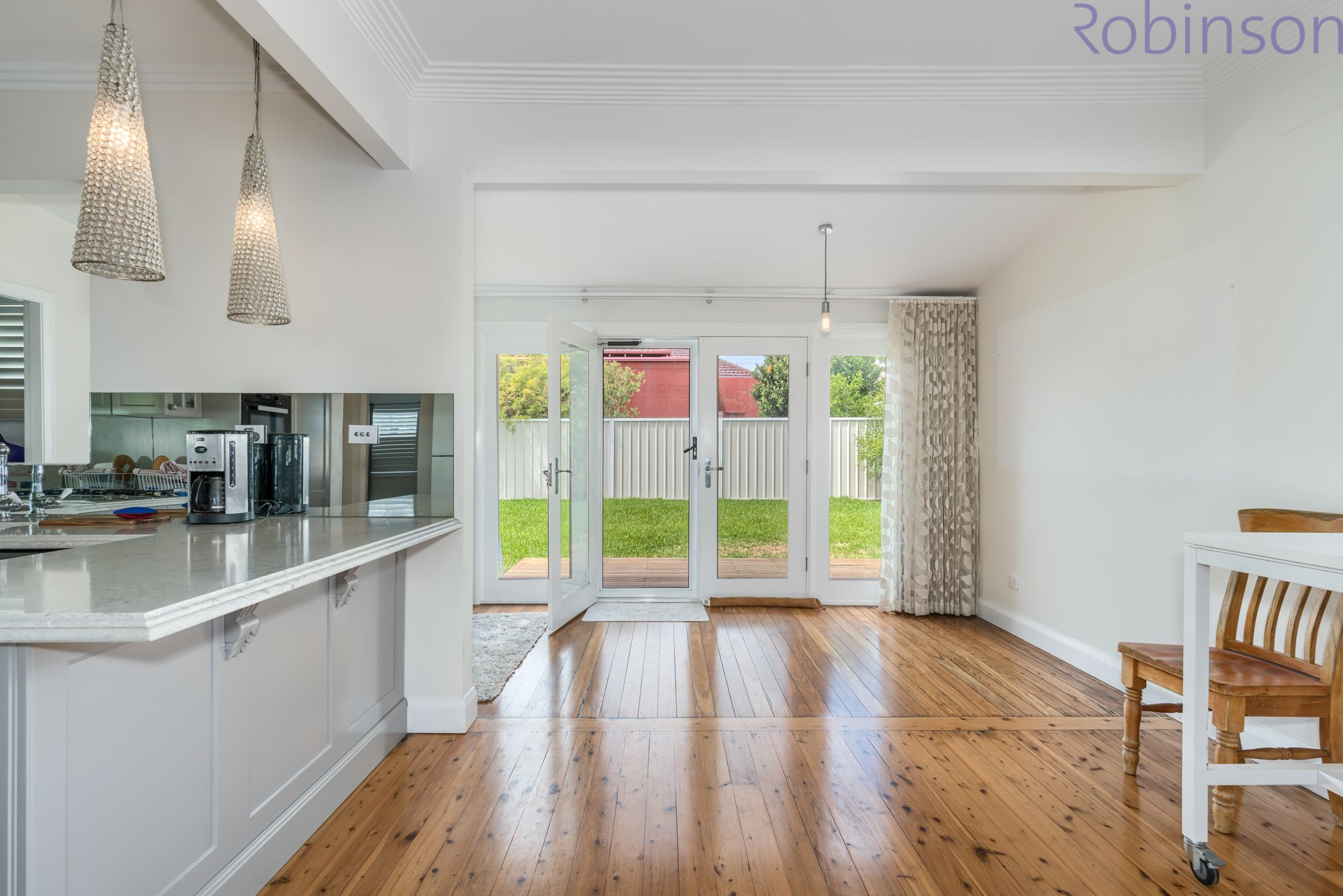 5A Regan Street, Adamstown