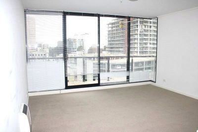 Parkside: 7th Floor - Contemporary Living!