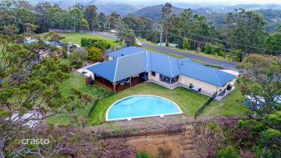 Family Entertainer with City and Mountain Views