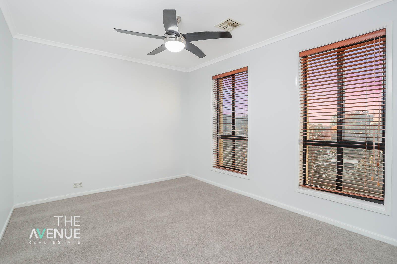 15 Arizona Place, Stanhope Gardens NSW 2768