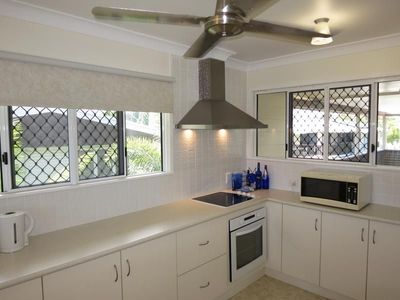 A CLASSY DUAL LIVING INVESTMENT WITH VARIABLE OPPORTUNITIES !!  RENTAL POTENTIAL $550 - $600 PW