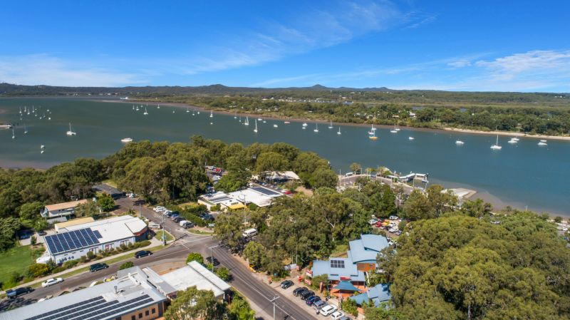 Commercial Property For Lease: 36-38 Southsea Terrace, Macleay Island, QLD 4184