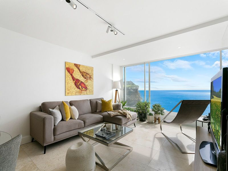 Ocean Front Spectacular Apartment - Not to be missed