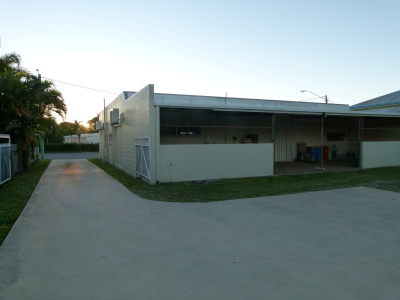 BOWEN ROAD COMMERCIAL PROPERTY FOR SALE