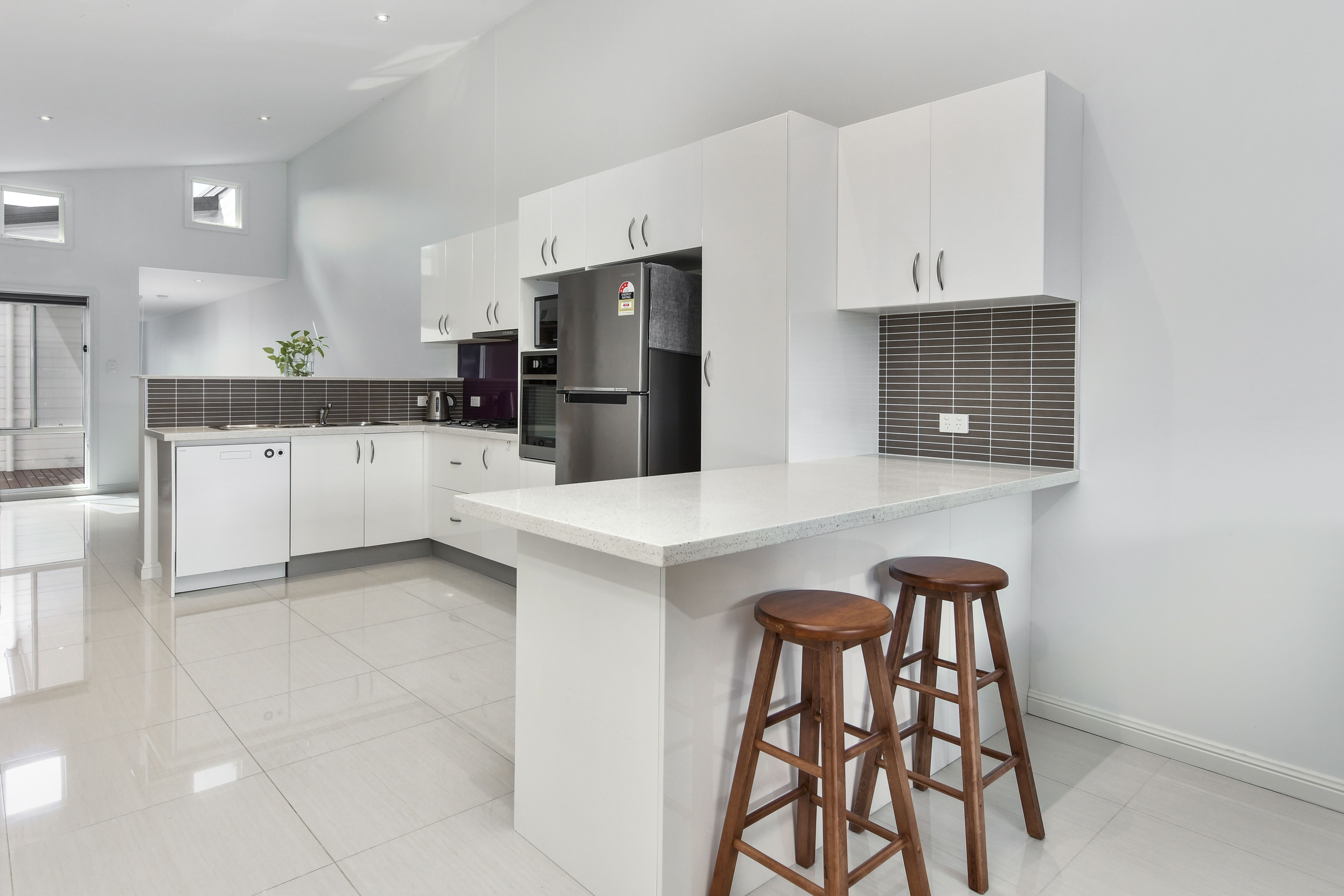 2/64 Gallipoli Avenue Blackwall 2256