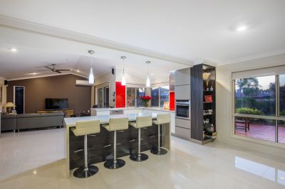 Spectacular Finishes & Outstanding Location
