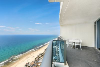 STUNNING SKYHOME WITH SPECTACULAR OCEAN VIEWS FROM THE 49th FLOOR