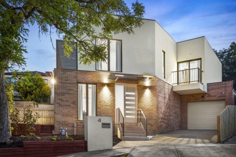 Stylish Brand New Townhouse, Superbly Situated